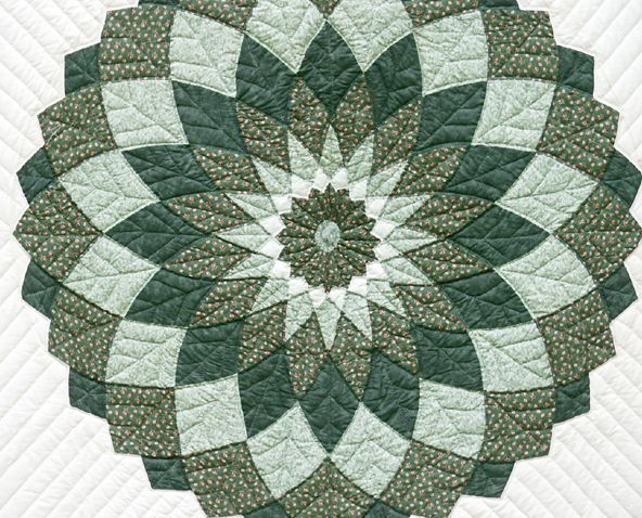Giant Dahlia Quilt Images : Quilts - Amish Loft