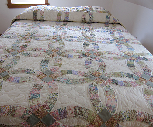 Quilts Amish Loft